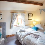 The twin-bedded room in Apple Bough Cottage
