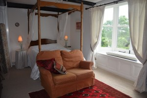 The bedroom in the main farmhouse, Upper Newton Farm: Herefordshire Holidays